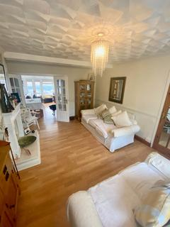 3 bedroom semi-detached house for sale - Llewellyn Park Drive
