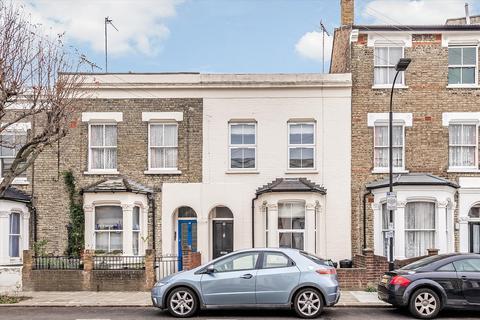 3 bedroom terraced house for sale - Westville Road, London, W12