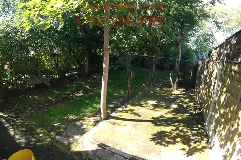 4 bedroom semi-detached house to rent - Mornington Crescent 4 Bed, Manchester M14 6DE