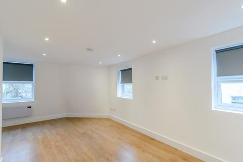 1 bedroom apartment - Rushey Green, London, SE6