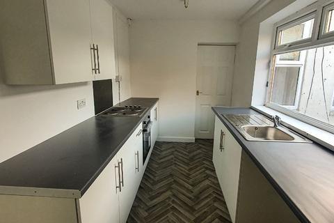 2 bedroom terraced house to rent - Noble Street, Hendon, Sunderland