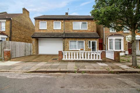 4 bedroom detached house for sale - Forest Road, Enfield