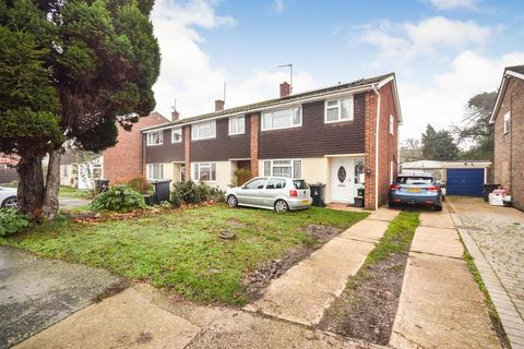 3 bedroom end of terrace house for sale - Heywood Way, Heybridge