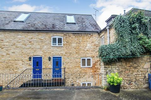 2 bedroom terraced house for sale - The Maltings, Stamford,
