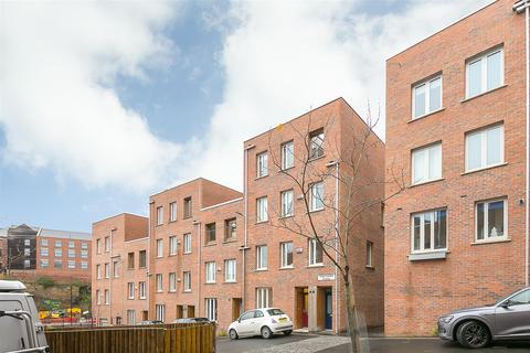 3 bedroom maisonette for sale - Kingfisher Place, Ouseburn, Newcastle upon Tyne