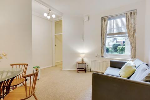 2 bedroom flat - Arlington Park Mansions, W4