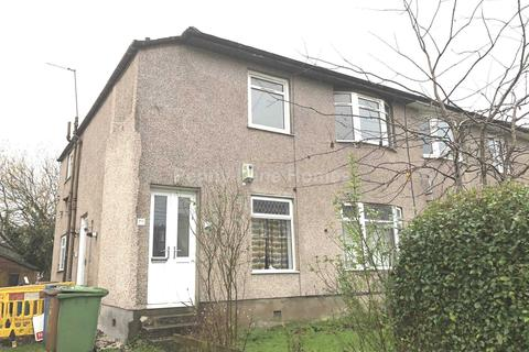 3 bedroom flat - Midcroft Avenue, Croftfoot