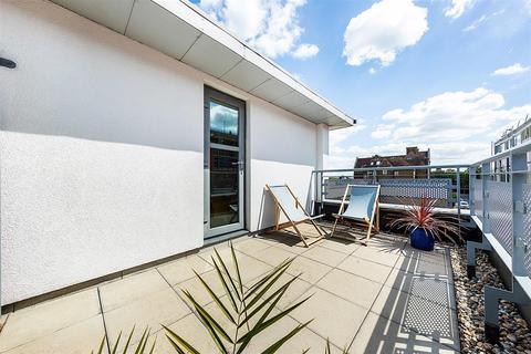 2 bedroom flat for sale - Kings Avenue, SW4