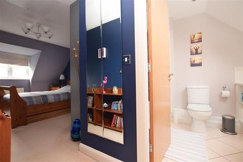 3 bedroom end of terrace house for sale - Montgomery Way, Kenley, Surrey