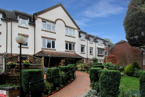 1 bedroom apartment for sale - Park View Court 18 Queens Park West Drive,  Bournemouth, BH8