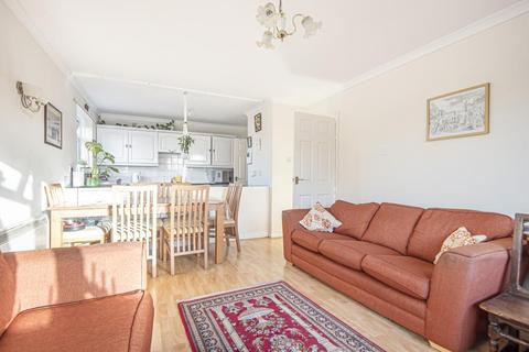 3 bedroom maisonette for sale - Staines-Upon-Thames,  Surrey,  TW19