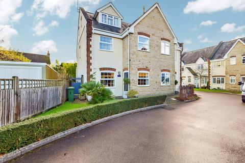 4 bedroom semi-detached house for sale - Tannery Court, Horsham