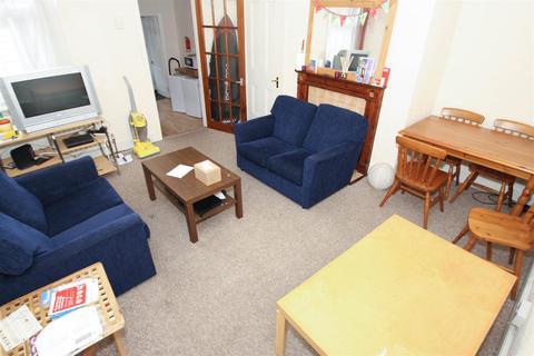 2 bedroom flat - Coniston Avenue, West Jesmond, Newcastle Upon Tyne