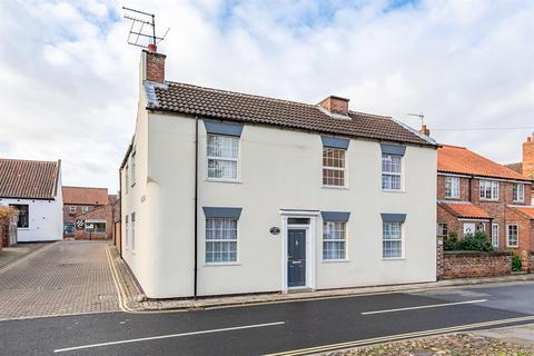 3 bedroom detached house - Walkergate  , Beverley, East Yorkshire , HU17 9ER