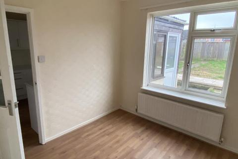 2 bedroom terraced house to rent - Penhill Drive,  SN2,  SN2