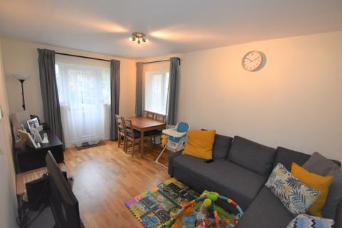 2 bedroom flat - Courthill Road Lewisham SE13