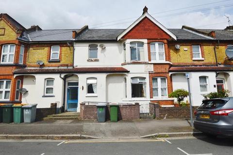 3 bedroom terraced house for sale - Brooks Avenue, East Ham, E6 3PQ