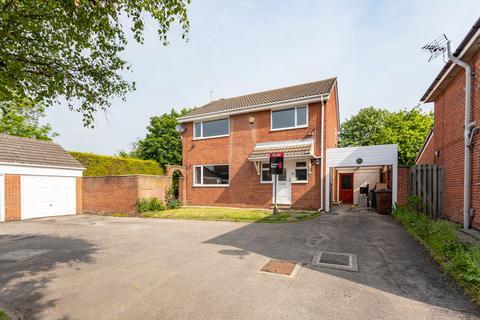 4 bedroom detached house to rent - Oakdale Meadow, Leeds, LS14