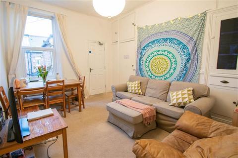 3 bedroom flat to rent - Tavistock Roakd, Newcastle Upon Tyne