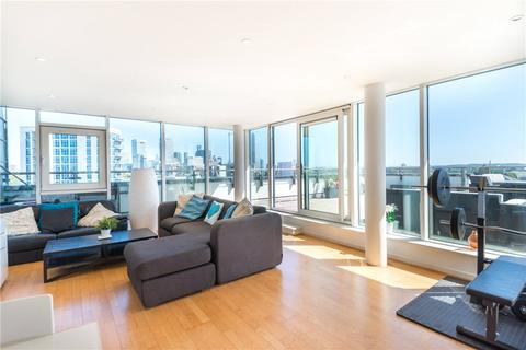 2 bedroom apartment for sale - Commercial Road, London