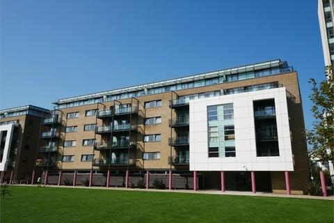 2 bedroom flat for sale - Prospect Place, Cardiff