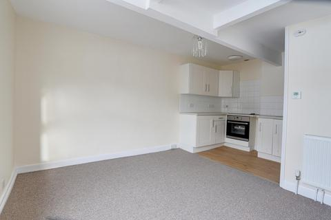 2 bedroom flat - Northumberland Place, Teignmouth