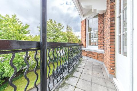 2 bedroom apartment for sale - Mapesbury Court, Shoot Up Hill, London, NW2