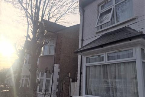 5 bedroom semi-detached house to rent - Black Boy Lane, Haringey, N15