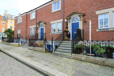 2 bedroom terraced house - Union Street, North Shields