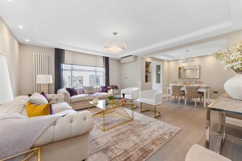 3 bedroom apartment - Boydell Court, St Johns Wood Park, St Johns Wood