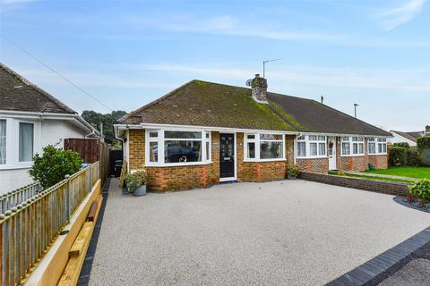 1 bedroom bungalow for sale - The Quadrangle, Findon, West Sussex, BN14