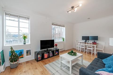 1 bedroom apartment - Inverness Terrace London W2