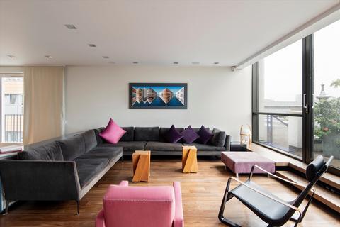 3 bedroom flat for sale - Penthouse Flat, Drury Lane, Covent Garden, London, WC2B