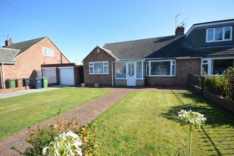 2 bedroom semi-detached bungalow to rent - Brixham Gardens, Off Queen Alexandra Road, SUNDERLAND, Tyne and Wear