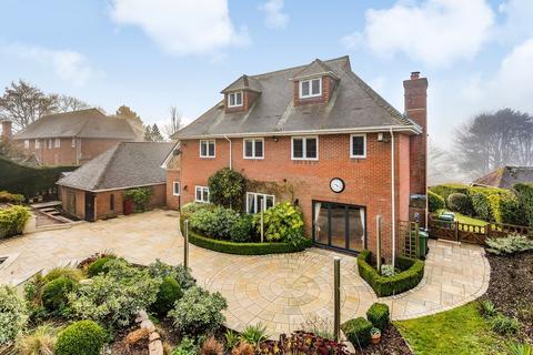 5 bedroom detached house to rent - Highbourne Park, Lenham, Maidstone