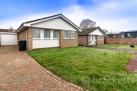 2 bedroom detached bungalow - Devonshire Close, Tunbridge Wells