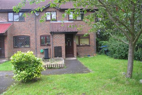 2 bedroom terraced house to rent - Youngs Drive, Ash