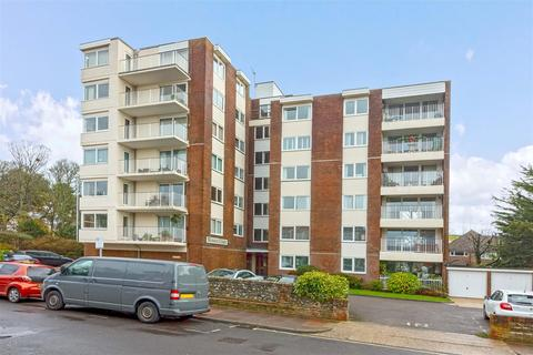 2 bedroom flat for sale - Tennyson Road, Worthing