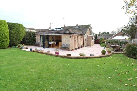 3 bedroom bungalow for sale - Waldron Close, Eastbourne, BN22