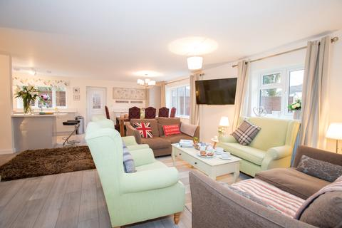 4 bedroom house to rent - Slough