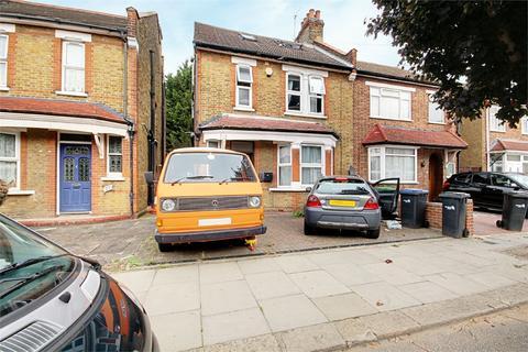 6 bedroom semi-detached house for sale - Park Road, Enfield, Greater London, EN3