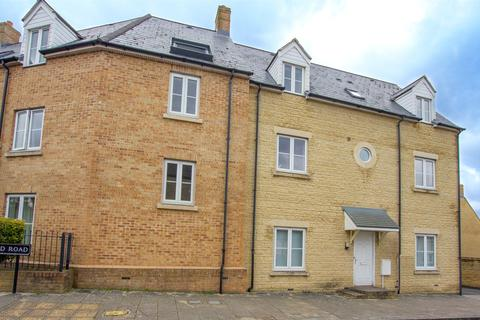 2 bedroom apartment to rent - Northfield Road, Witney, Oxfordshire, OX28
