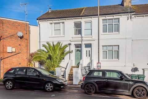 1 bedroom apartment - Shelldale Road, Portslade