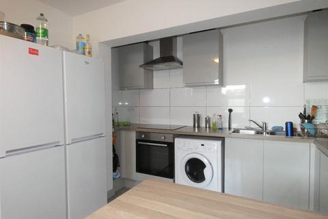 5 bedroom house share to rent - Jasper Street, Stoke-on-Trent, Staffordshire, ST1 3DA