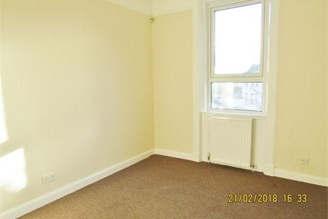 2 bedroom flat to rent - Commercial Road, Leven, KY8