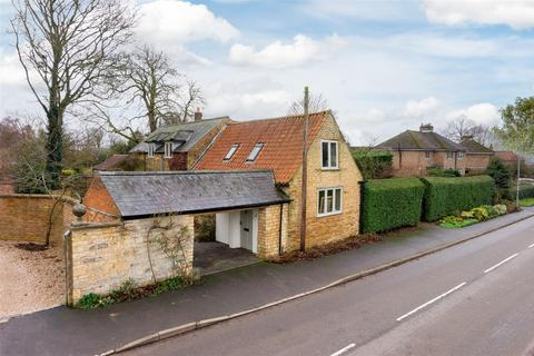 3 bedroom cottage for sale - Teigh Road, Market Overton