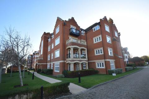 2 bedroom apartment for sale - St Gabriel House, Darley Road, Meads, Eastbourne
