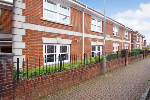 1 bedroom flat for sale - St. Lukes Square, Guildford