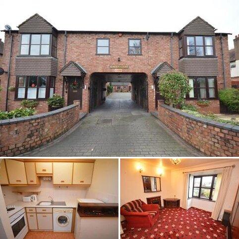 2 bedroom ground floor flat for sale - Elmdon Court, Marston Green, Birmingham