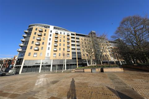 1 bedroom apartment for sale - Queens Court, Queens Dock Avenue, Hull